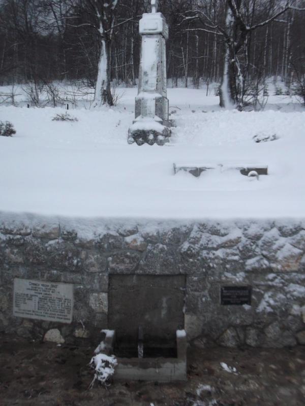 spomenik Oko na zlatiboru